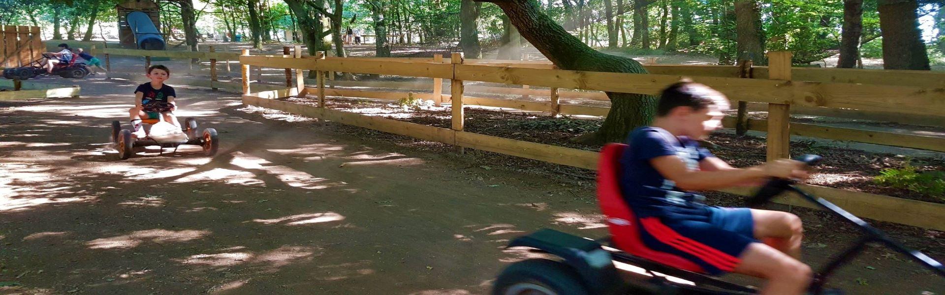 land_aux_lutins_kart_a_pedales